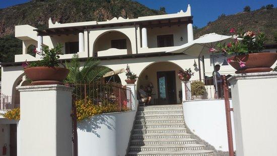 Borgo Eolie Hotel: hotel borgo eolie