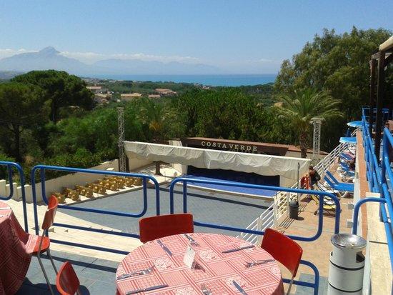 Hotel Club Costa Verde : ristorante all'aperto