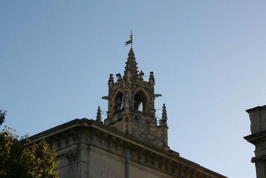 Ibis Budget Avignon Centre: Дворец