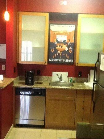 Residence Inn Melbourne : Kitchen....