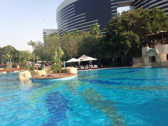 Grand Hyatt Dubai : More than 3 large big swimming pool.. Goo goo