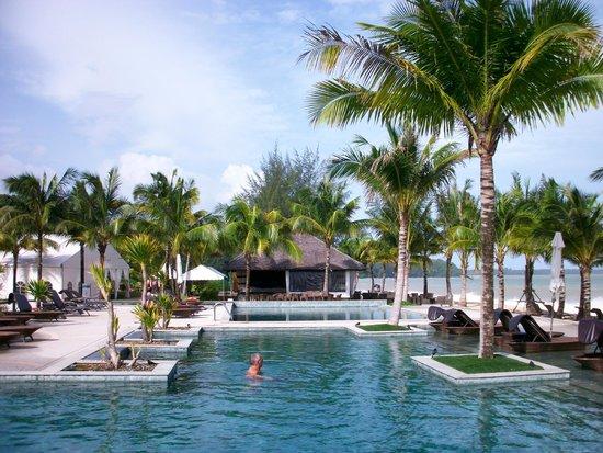 Beyond Resort Khaolak: Poolblick
