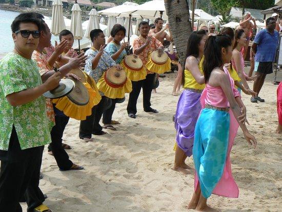 Impiana Resort Chaweng Noi : Сонгкран в отеле