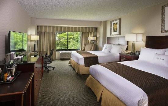 DoubleTree by Hilton Charlotte Airport : Standard Double Guest Room