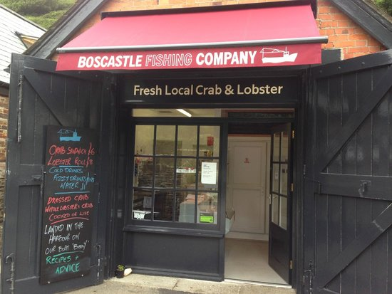 Boscastle Fishing Company: New sign-writing