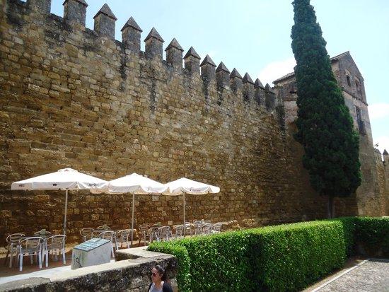 Jewish Quarter (Juderia): Restos de muralla.