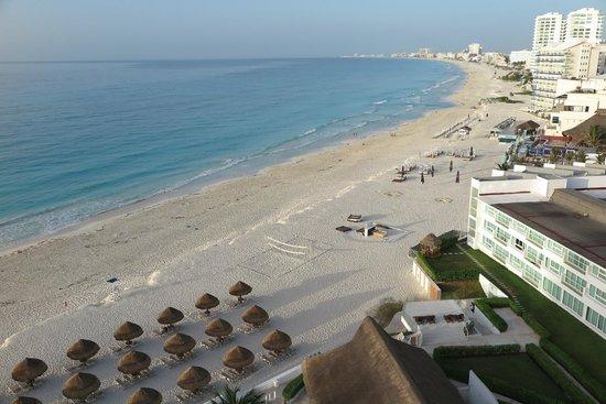 Krystal Cancun: Vista da varanda do quarto