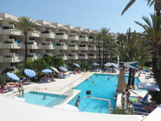 Som Llevant Suites: View of pool