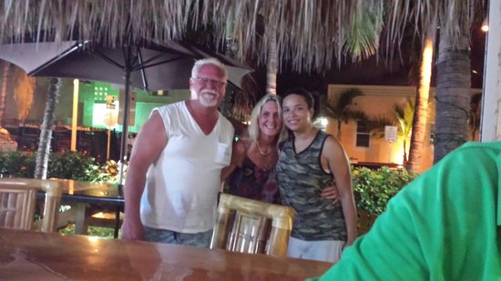 Caribbean Resort by the Ocean : Annette & Ronnie with Shelly the greatest bartender @ the Resort she will make you a great drink