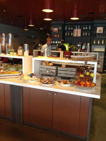 Clarion Hotel Gillet : Breakfast