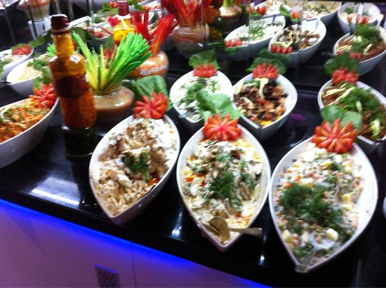 Camyuva Beach Hotel : Cold apetizer with fennel everywhere...