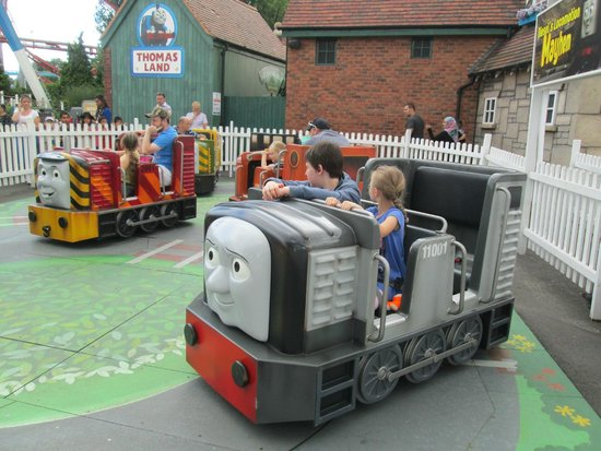 Drayton Manor Park: thomas land
