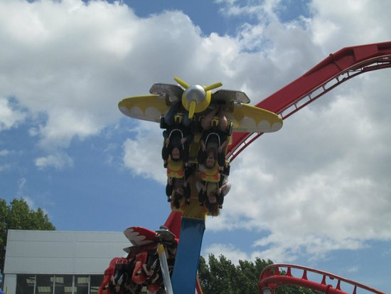 Drayton Manor Park: air race