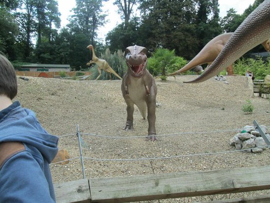 Drayton Manor Park: dino walk