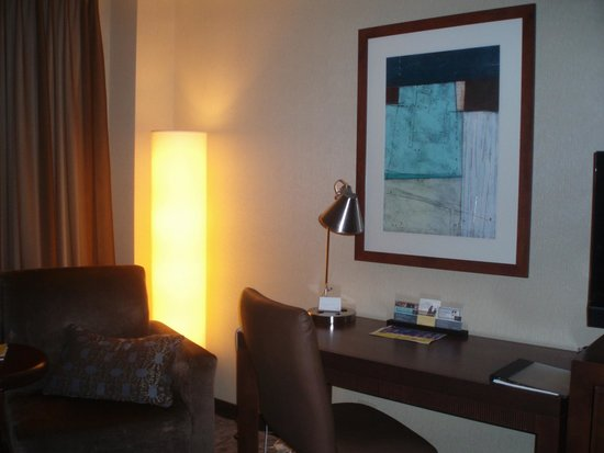Hyatt Regency Buffalo: Our room - very nice and spacious
