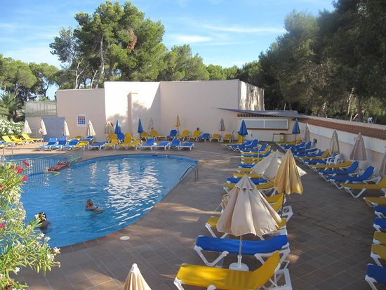 Invisa Hotel Ereso : Upper Pool Area