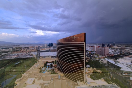 Encore At Wynn  Las Vegas: Storm Clouds over Las Vegas