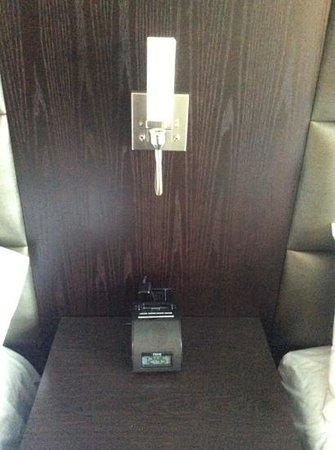 Best Western plus hotel levesque : Modern Finishes.  Older iphone style dock.