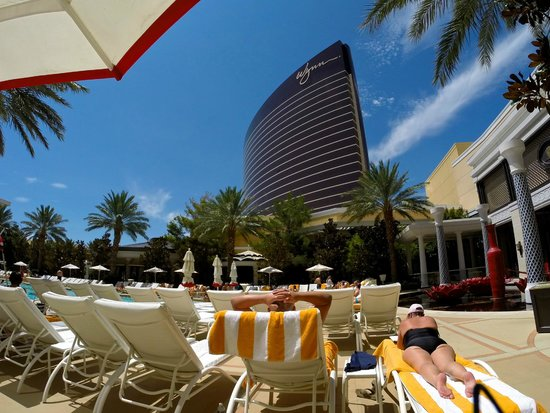 Encore At Wynn  Las Vegas : View from the Pool of the Wynn