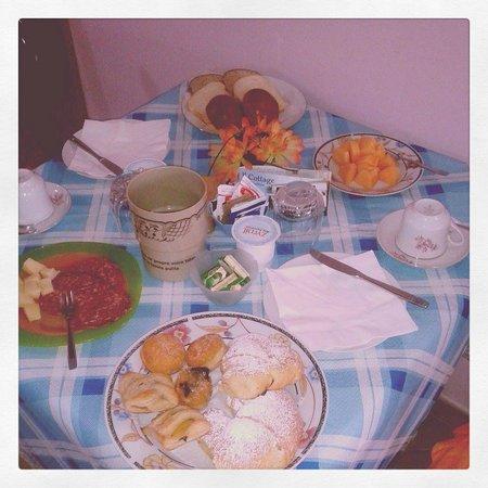 Il Cottage B&B: mega colazione