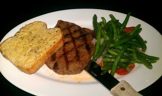 The Mirage Sports Bar and Grill : Lunch steak