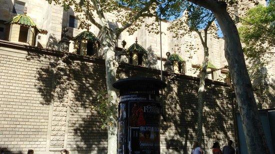 Ciutat Vella: Улочки старого города