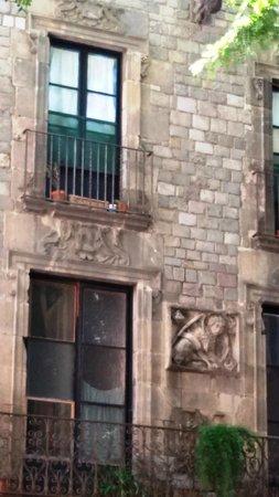 Ciutat Vella: Старинные домики