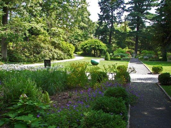 Van Vleck House & Gardens: Formal Garden