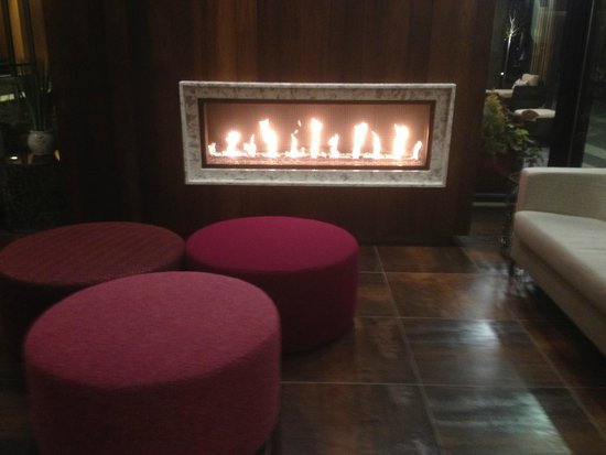 Residence Inn Portland Downtown/Pearl District : Welcoming lobby!!