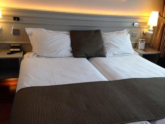 Hotel Preciados: Cama