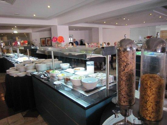 Vila Galé Cerro Alagoa : ontbijt