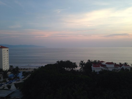Dreams Villamagna Nuevo Vallarta: View from Gohan Sushi Bar! I'd give anything to be back here.
