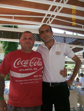 Kervansaray Marmaris Hotel: Fab waiter