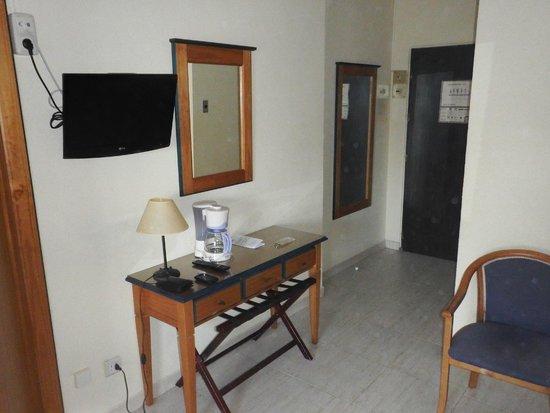 Deux femmes bordel picture of hotel apartamentos pyr fuengirola fuengirola tripadvisor - Apartamentos pyr fuengirola ...