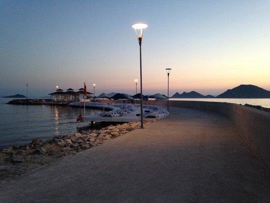 La Blanche Resort & Spa : Promenade