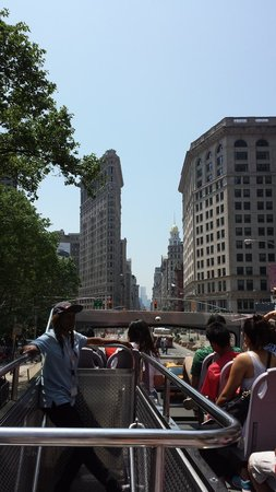 Skyline Sightseeing: Flatiron building