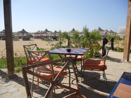 Aurora Bay Resort: Strandbar