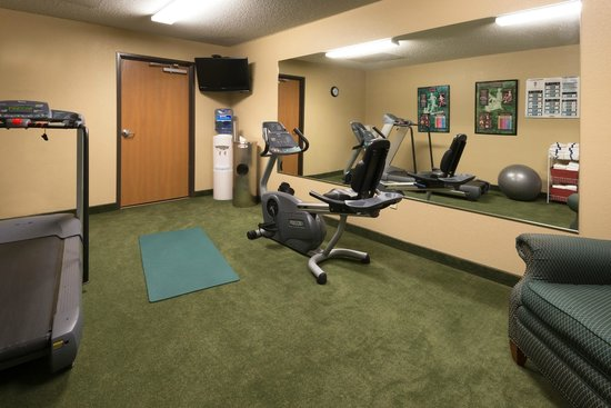 AmericInn Minocqua: gym