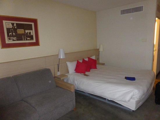 Novotel Leeds Centre: room