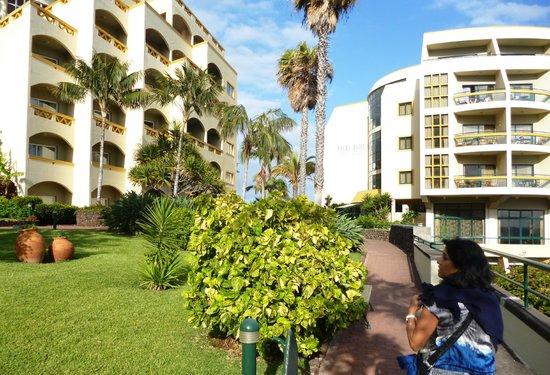 Pestana Palms Ocean Aparthotel: the way in