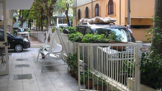 Hotel Stresa: На терасе отеля