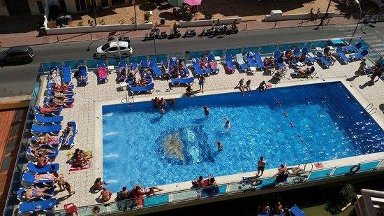 Hotel Piscis: Piscina