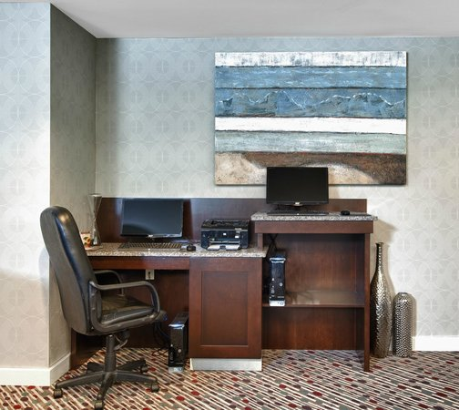 Residence Inn Boston Foxborough: Business Center