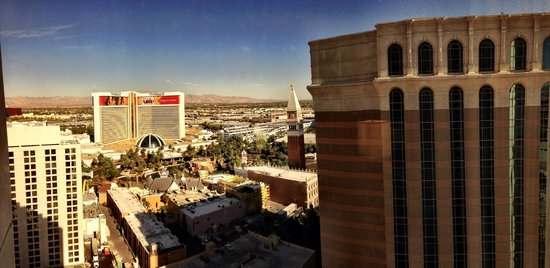 Harrah's Las Vegas: Day Panorama from Carnival Tower