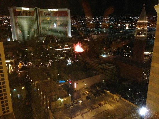 Harrah's Las Vegas: Mirage Volcano from Carnival Tower (zoomed)