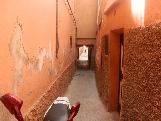 Riad Danka: la petite ruelle du ryad