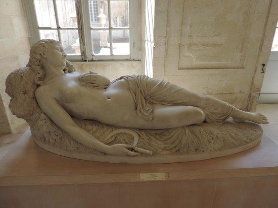 Musee Calvet: field worker resting