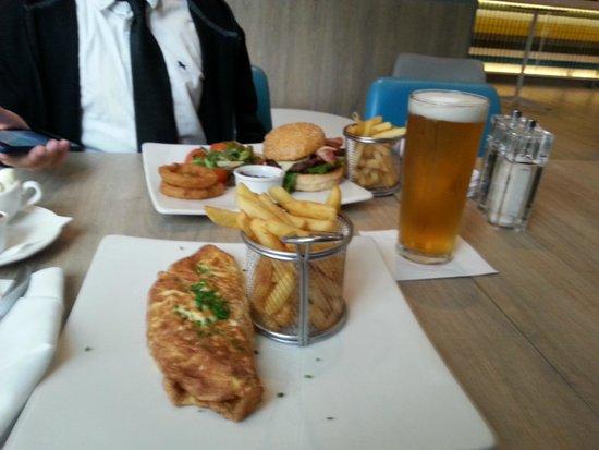 Novotel Manchester Centre: Elements Food