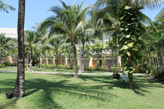 Sofitel Krabi Phokeethra Golf & Spa Resort: Hotel grounds