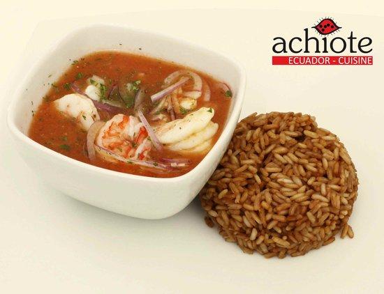 Dellicioso pescado en salsa de mariscos picture of for Achiote ecuador cuisine
